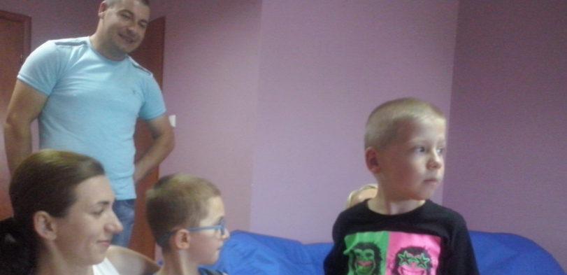 Wiktor i Michał z Rodzicami